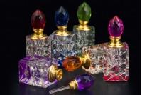 Кристална бочица 5 мл са кристалним поклопцем и игло у 6 боја