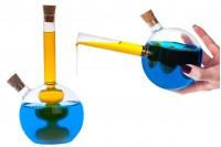 Okrugla staklena flaša dupla sa dva plutanih čepova. Ručni rad od duvanog stakla - 460 ml